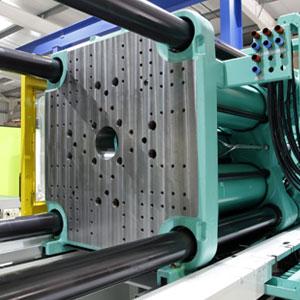 maquinaria para fabricación con inyección de plástico